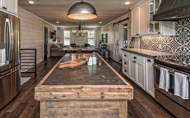 barndominium kitchen source vrbo hg fandom. Black Bedroom Furniture Sets. Home Design Ideas