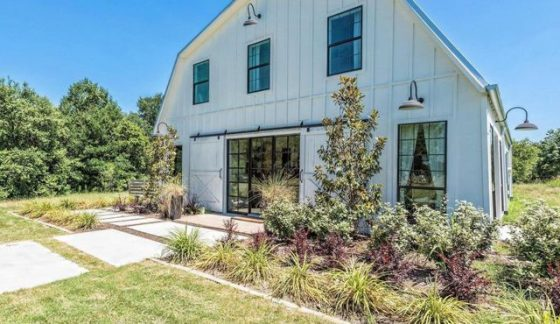 Fixer Upper Barndominium - Courtesy: VRBO