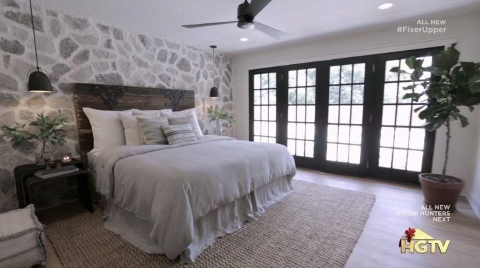 Bedroom Design For Young Couple