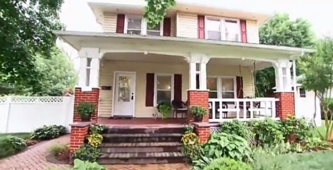 House Hunters Recap: Back to Her College Town-3